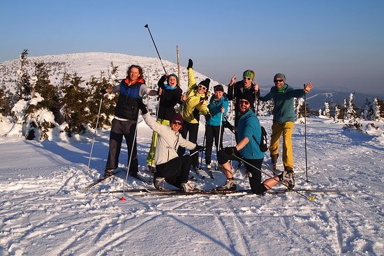 Cross-Country Skiing Guided Tour From Prague