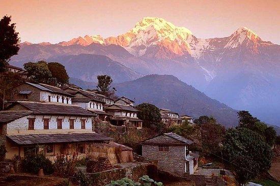 Le lever du soleil à Nagarkot et la...