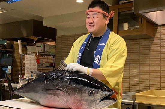 Enorme tour gastronómico de atún