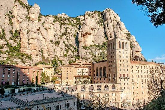 Excursion à Montserrat au départ de Barcelone, avec déjeuner et...