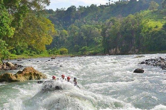 Cagayan De Oro Rafting i hvitt vann