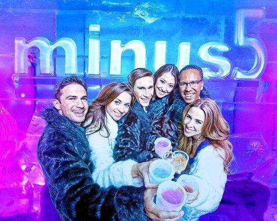minus5 ICEBAR