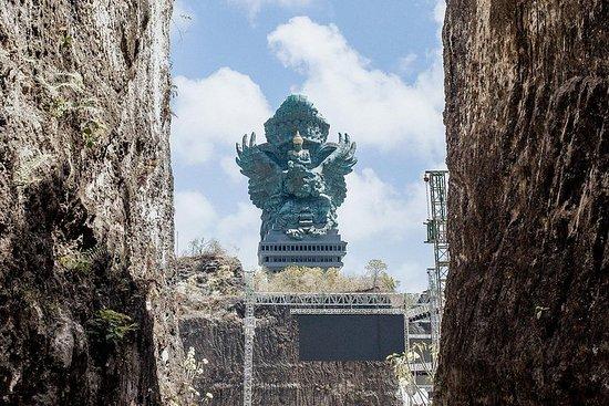 巴厘岛观光Benoa Uluwatu旅游出租