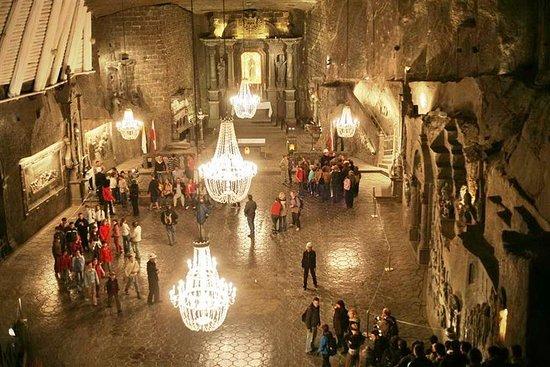 Miniera di sale di Wieliczka PICCOLA MINIVAN GROUP Tour guidato da Cracovia Photo