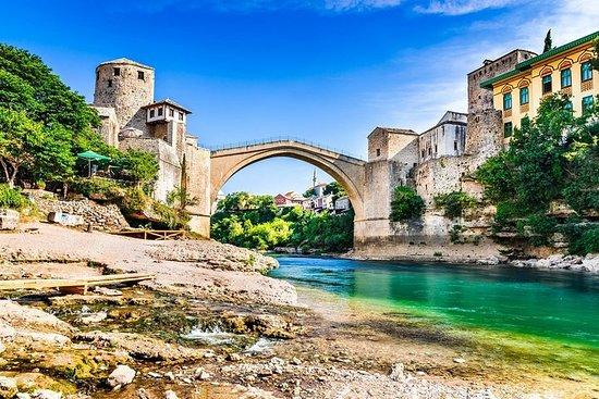 スプリトまたはトロギルからのモスタルとクラヴィカ滝の発見日帰り旅行