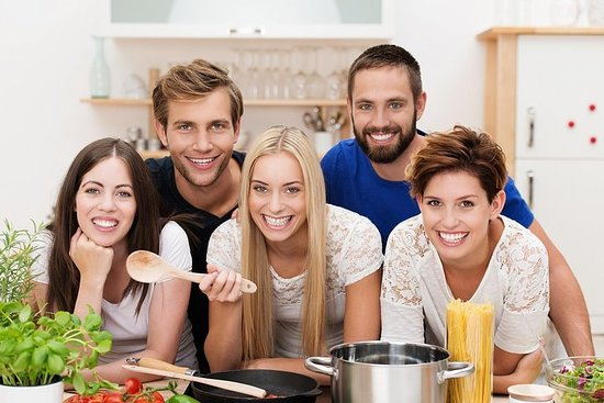 Clase de cocina toscana y cena en...