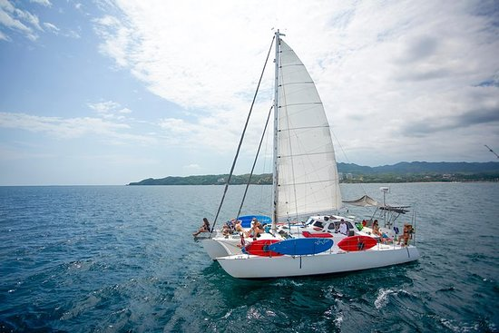 Chica Sailing ADVENTURE ALL INCLUSIVE 5-STUNDEN-TOUR NACH LOS ARCOS