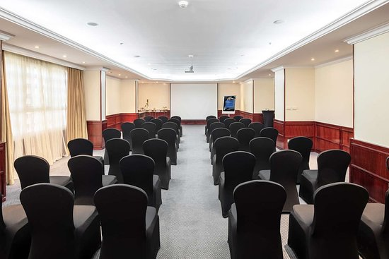 Al Nadwah meeting room with theater style setup