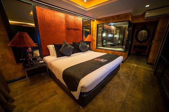 Penthouse 888 bedroom