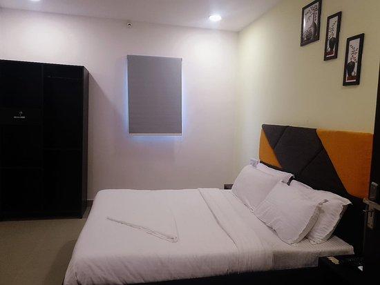 Penukonda, India: Deluxe Room