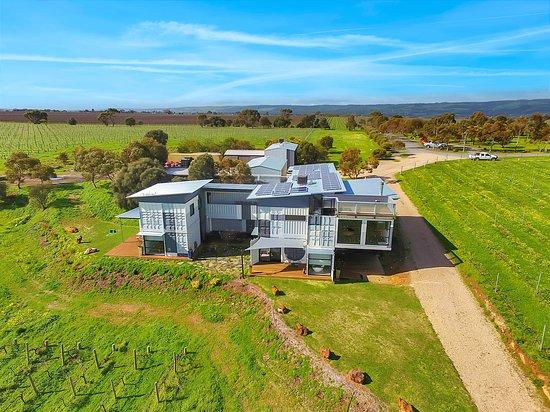 Tatachilla, أستراليا: getlstd_property_photo