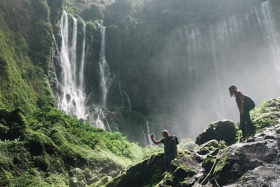Tumpak Sewu Wasserfall & Tetes Höhle...