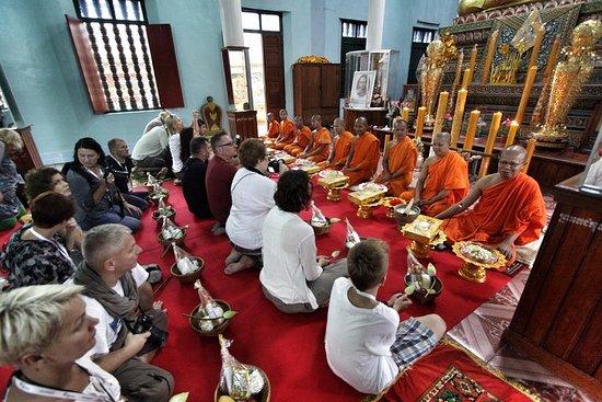 Ceremonia de bendición de los monjes