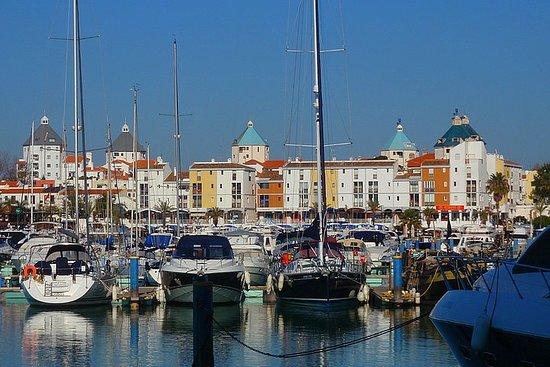 夸尔泰拉市场和维拉摩拉码头半日游