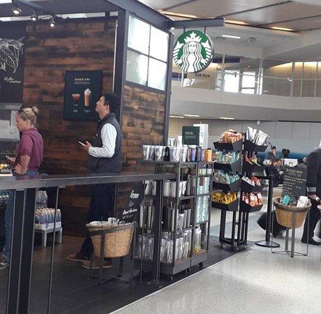 Aeroporto Internacional de Dallas/Fort Worth -  Starbucks