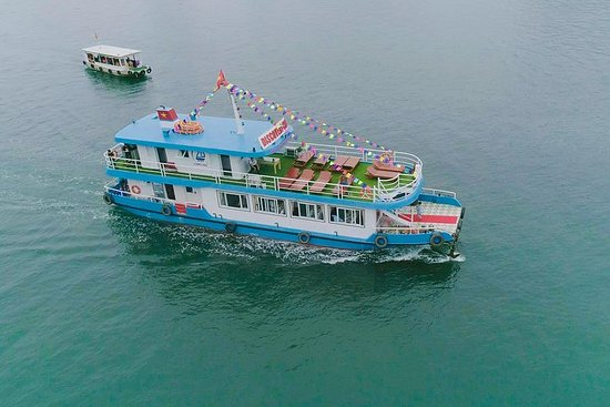 Halong Bay Luxury One Day med Discovery...