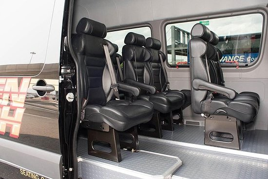Private Arrival Transfer: NYC Airports and Manhattan Hotels via Sprinter Fotografie