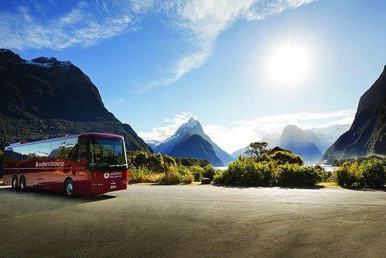 Autocar vers Milford Sound et...
