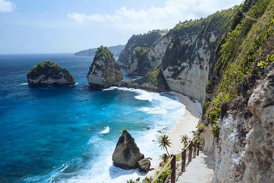 One Day Nusa Penida Island West & East