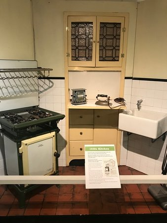 Kitchen from the 1930s