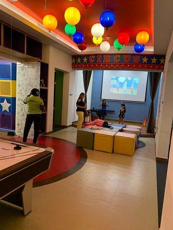 Kids Play Center