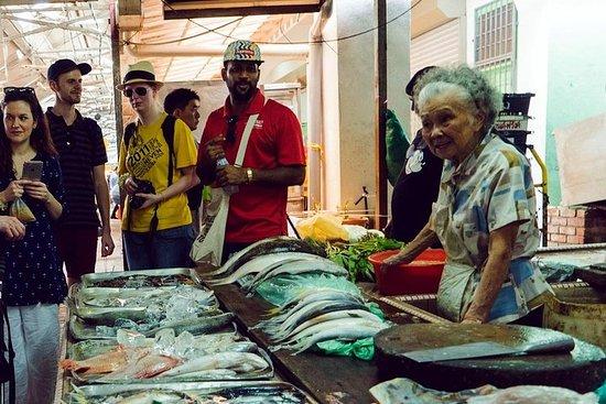 Kuala Lumpur in the Morning: Market...