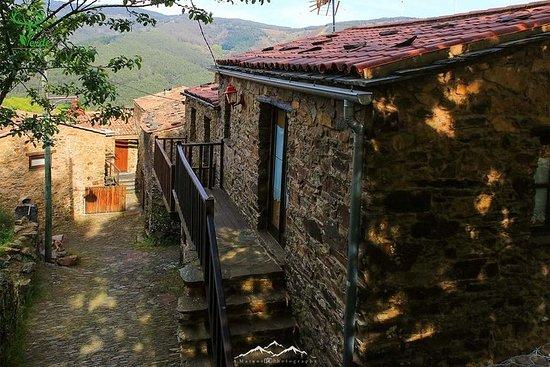 Villages schisteux au mont Lousa