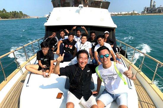Excursão guiada por iate nas Ilhas do...