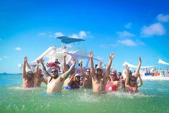 Catamaran Privado e Barco de Festa em...