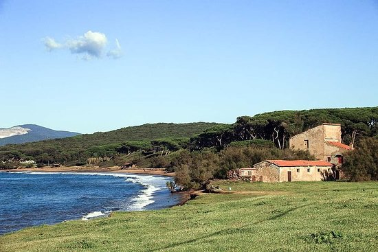 Super Tuscan Wine Coast com um...