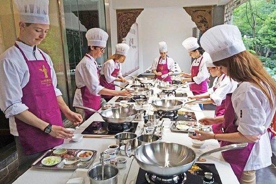 小グループでの四川料理博物館半日ツアー、料理教室付き