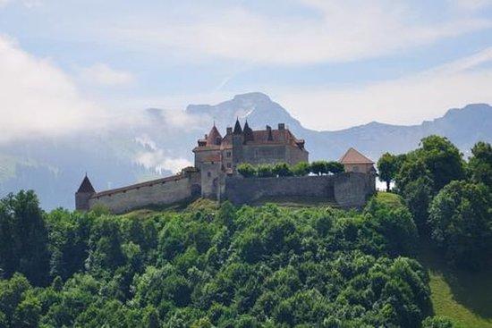 Viagem diurna para a vila medieval de...