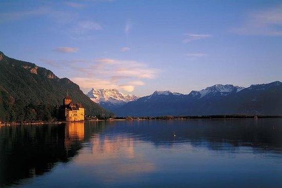 Montreux og Château de Chillon fra Lausanne