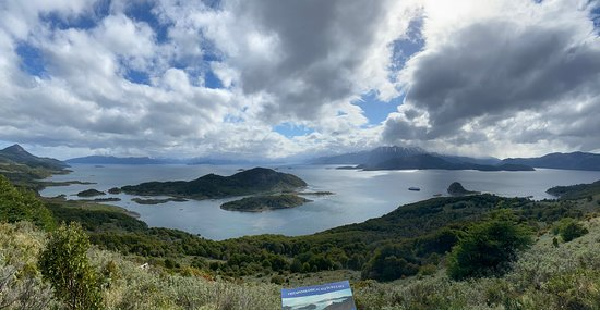 Isla Navarino, Chile: Hike from Wulaia Bay - pano down to the bay