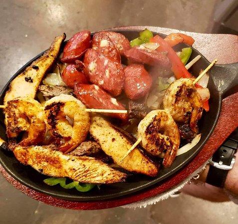 Arlington, TX: THE BIG DEAL FAJITA PLATE Salsa Joe's Tex-Mex Smokehouse