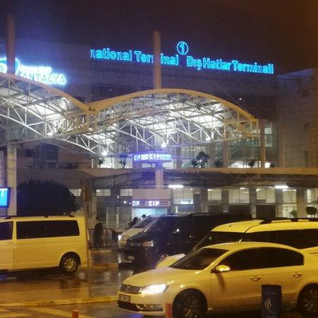 Aksu, Turkey: Antalya havalimanı rentacar
