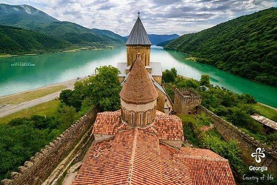 Visite privée d'une journée à Kazbegi...