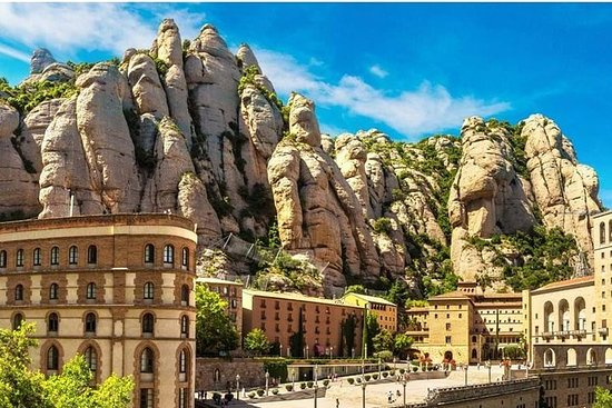 Montserrat by Yourself with English...