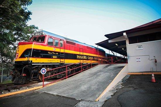 電車とポルトベロ+拡張