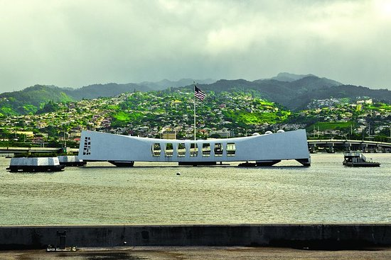 Circle Island Tour with Pearl Harbor