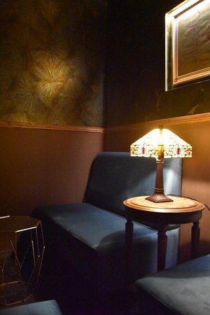Art deco et intimité chez Mobster Bar