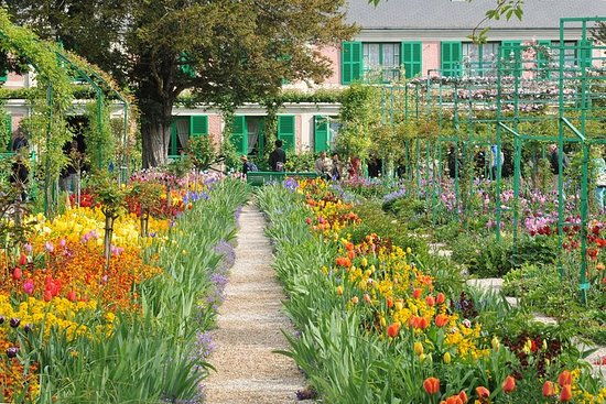 来自巴黎的吉维尼和莫奈花园小团体之旅