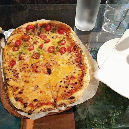 ピザの魅力に気付かされました。