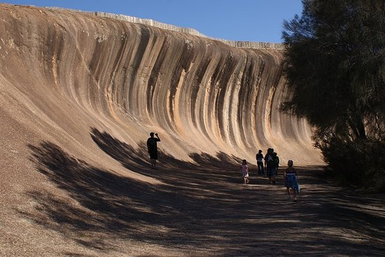 Wave Rock, Pinnacles e Rottnest One Day Airplane Tour