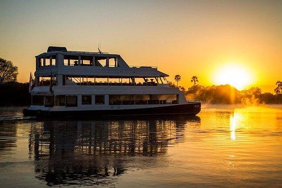 Crociera al tramonto sul fiume