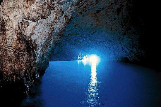 索倫託的卡普里島和藍色石窟一日遊
