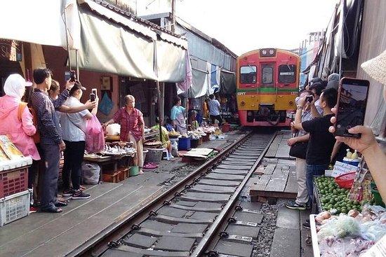 Damnern Saduak Floating Market-Mae...