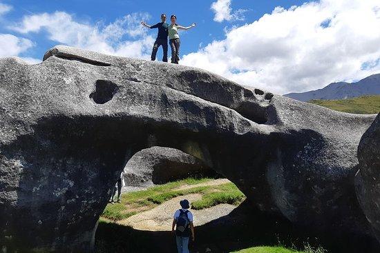 Castle Hill/Kura Tawhiti- Guided tour from Christchurch