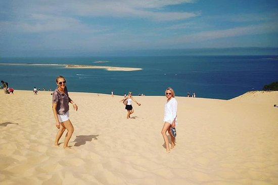 Private morning trip to the Dune of Pyla & oysters tasting at the...