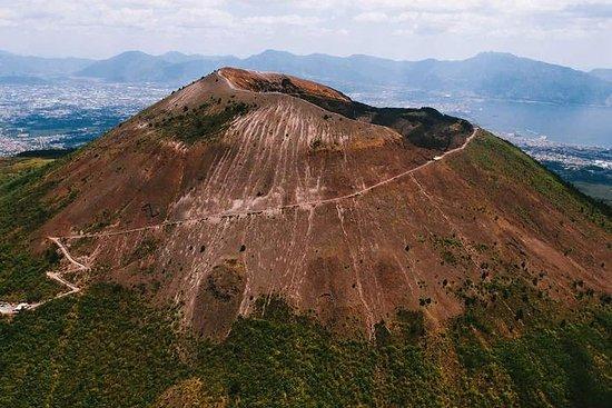 从那不勒斯或索伦托前往维苏威火山,赫库兰尼姆和庞贝古城